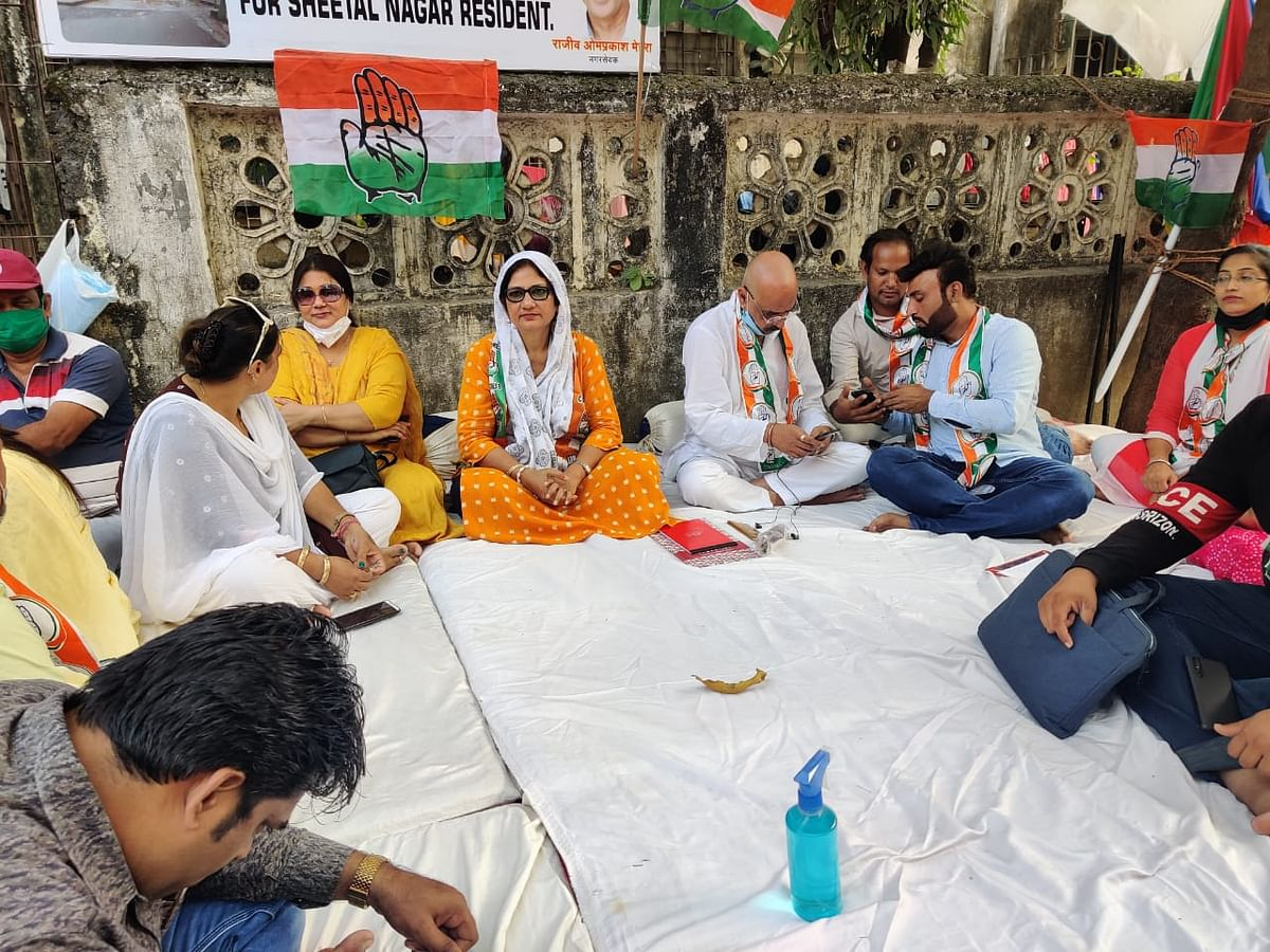 Mira Road Congress corporator on hunger strike against Mira Bhayandar Municipal Corporation apathy