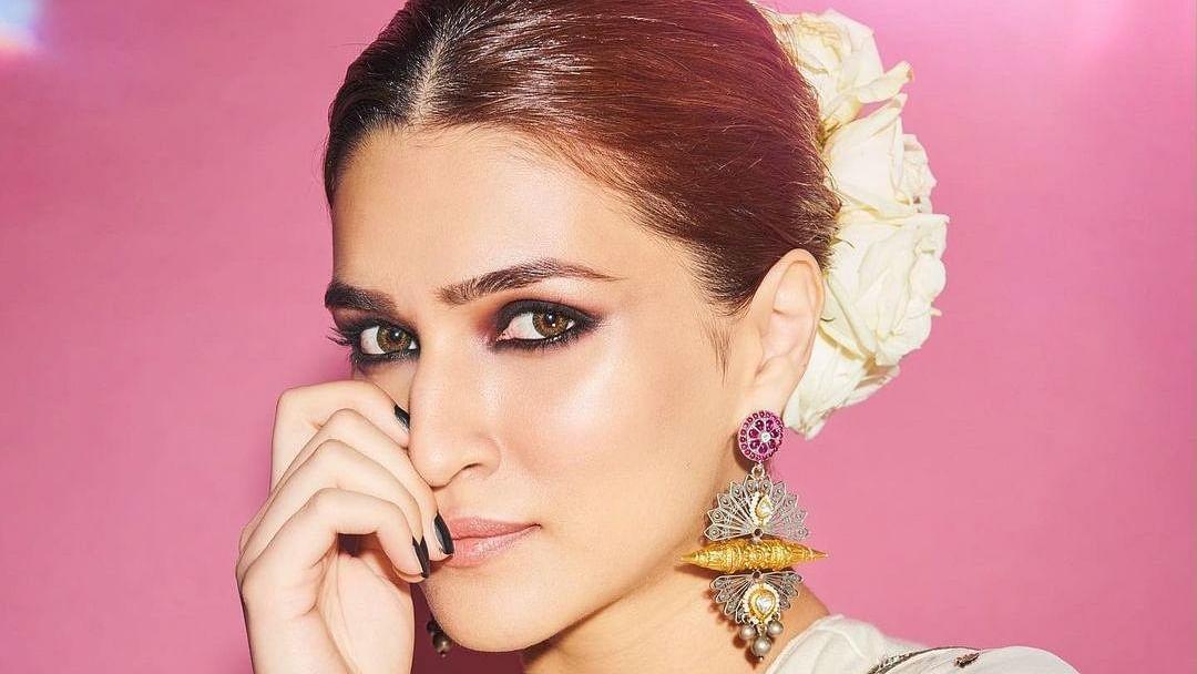 Kriti Sanon to play Sita in Prabhas-Saif Ali Khan starrer 'Adipurush': Report