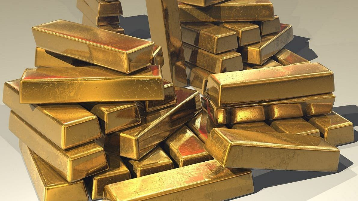 Couple held for duping man of ₹5 lakh on the pretext of cheap gold