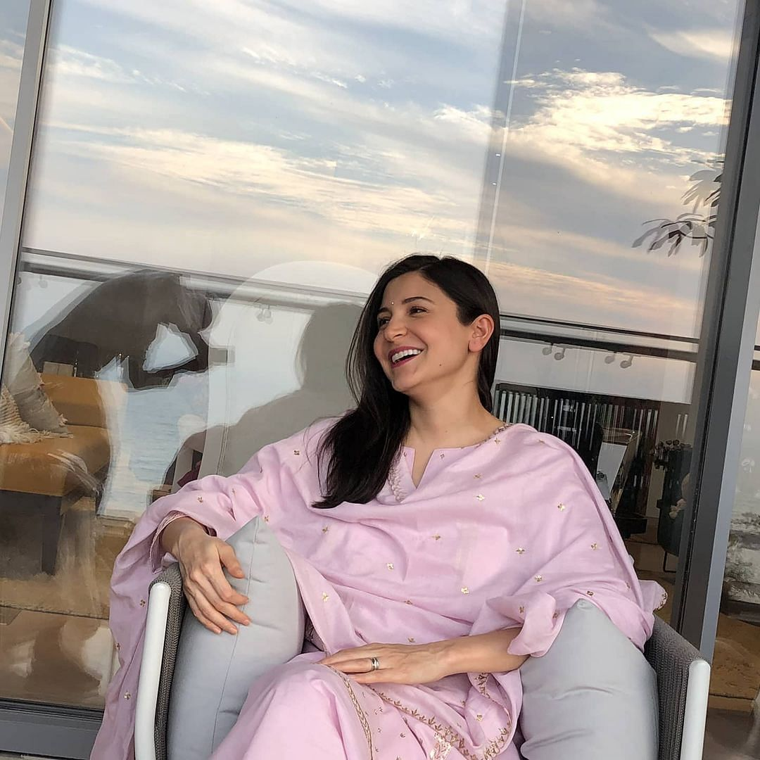 Mommy-to-be Anushka Sharma shares candid 'chai time' picture clicked by her father