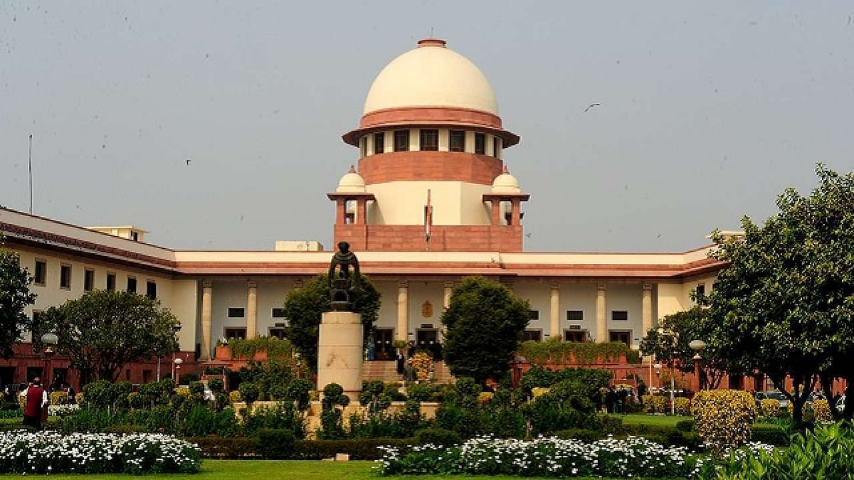 Farmers protest: SC puts new farm laws on hold, forms committee for talks