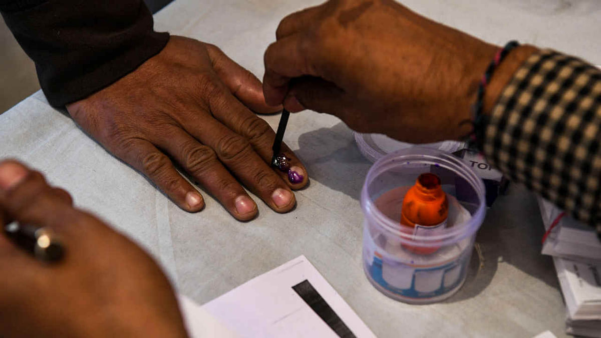 Voting for bypolls in 28 Assembly Seats in Madhya Pradesh begins