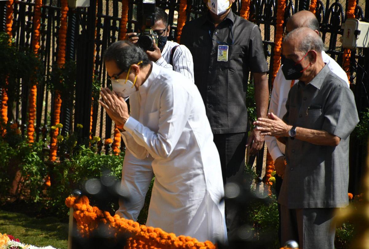 Maha CM Uddhav pays homage to Bal Thackeray on his death anniversary