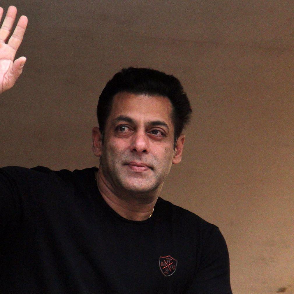'Happy birthday rockstar': Jacqueline Fernandez, Shilpa Shetty and other Bollywood stars wish Salman Khan as he turns 55