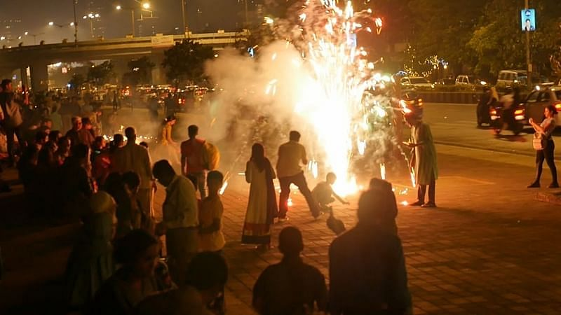 Despite ban, people burst firecrackers in UP's Ghaziabad to celebrate Diwali