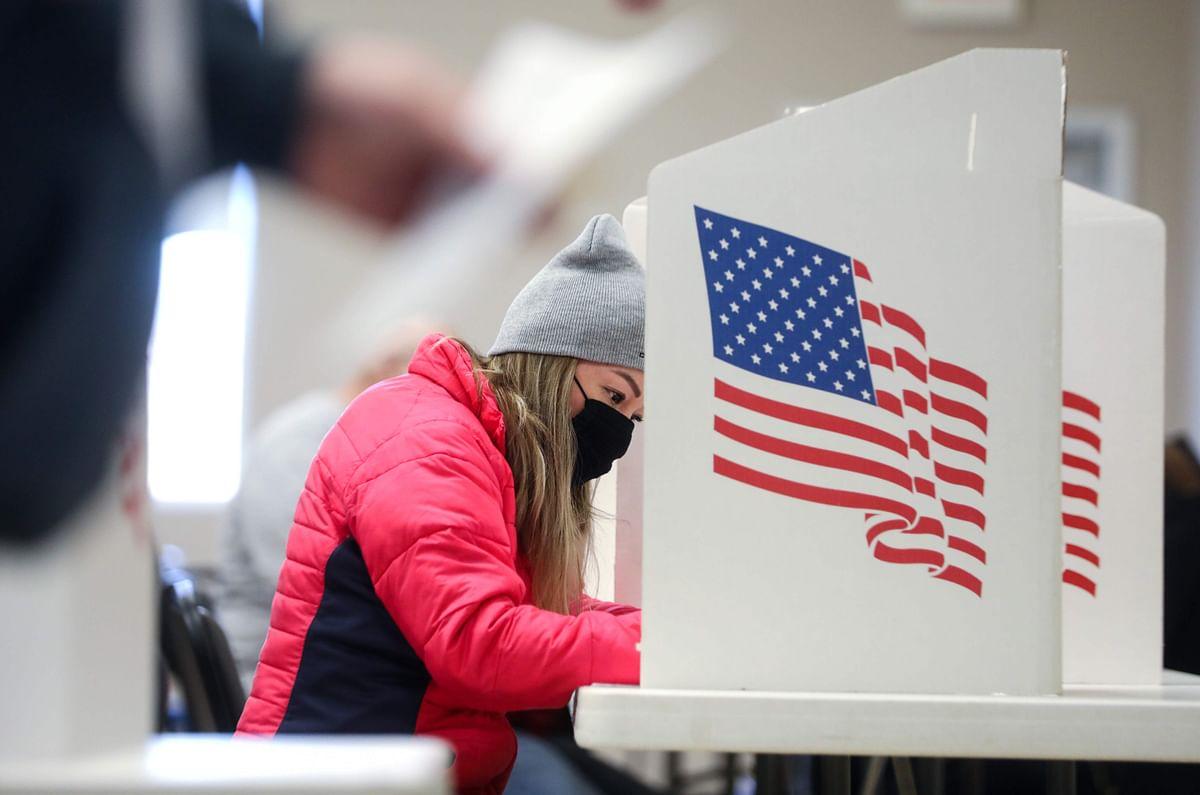 Oops! Hand sanitiser moisture malfunctions Iowa ballot scanner