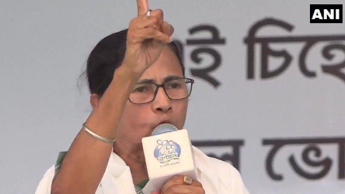 Amit Shah's food at tribal family was cooked at five-star hotels: Mamata