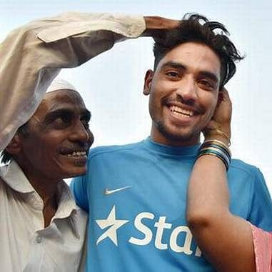 'Stay strong Anna': Twitter mourns demise of Indian pacer Mohammed Siraj's father