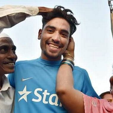 IND vs AUS: My mother told me to stay back and fulfill father's dream, says Mohammad Siraj