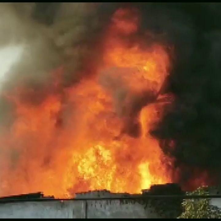 Thane: Major fire breaks out in powerloom unit in Bhiwandi