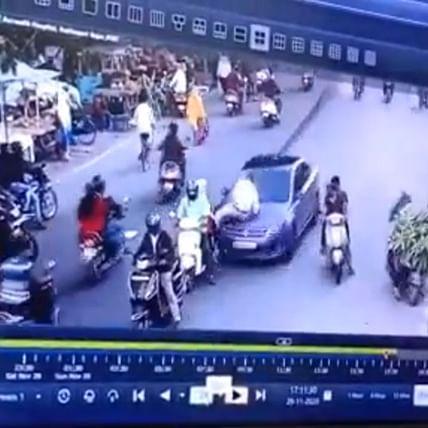 Watch: Man drags traffic cop on car bonnet in Maharashtra's Nagpur
