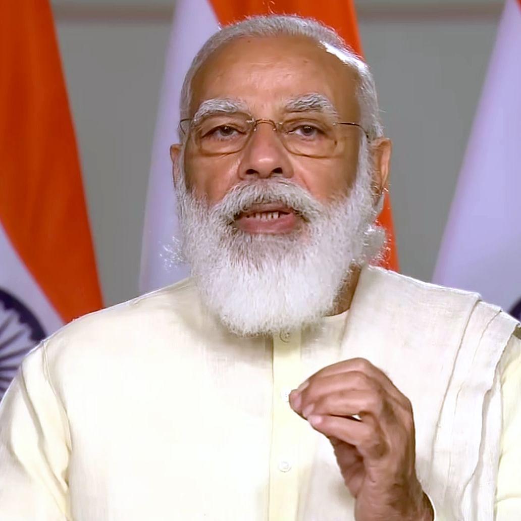PM inaugurates slew of developmental projects in Varanasi