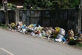 Now, BMC marshals to keep an eye on Bandra debris dumpers