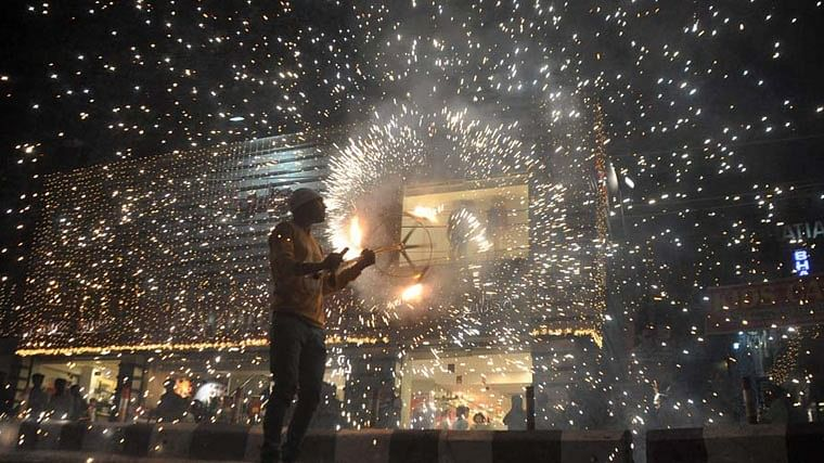 NGT imposes ban on sale, use of firecrackers in Delhi-NCR till Nov 30; all licenses for sale suspended
