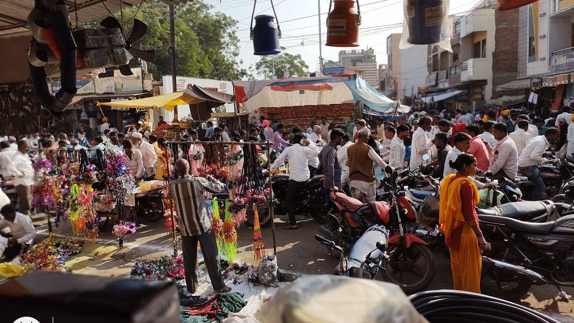 Madhya Pradesh: Brisk business cheers up traders