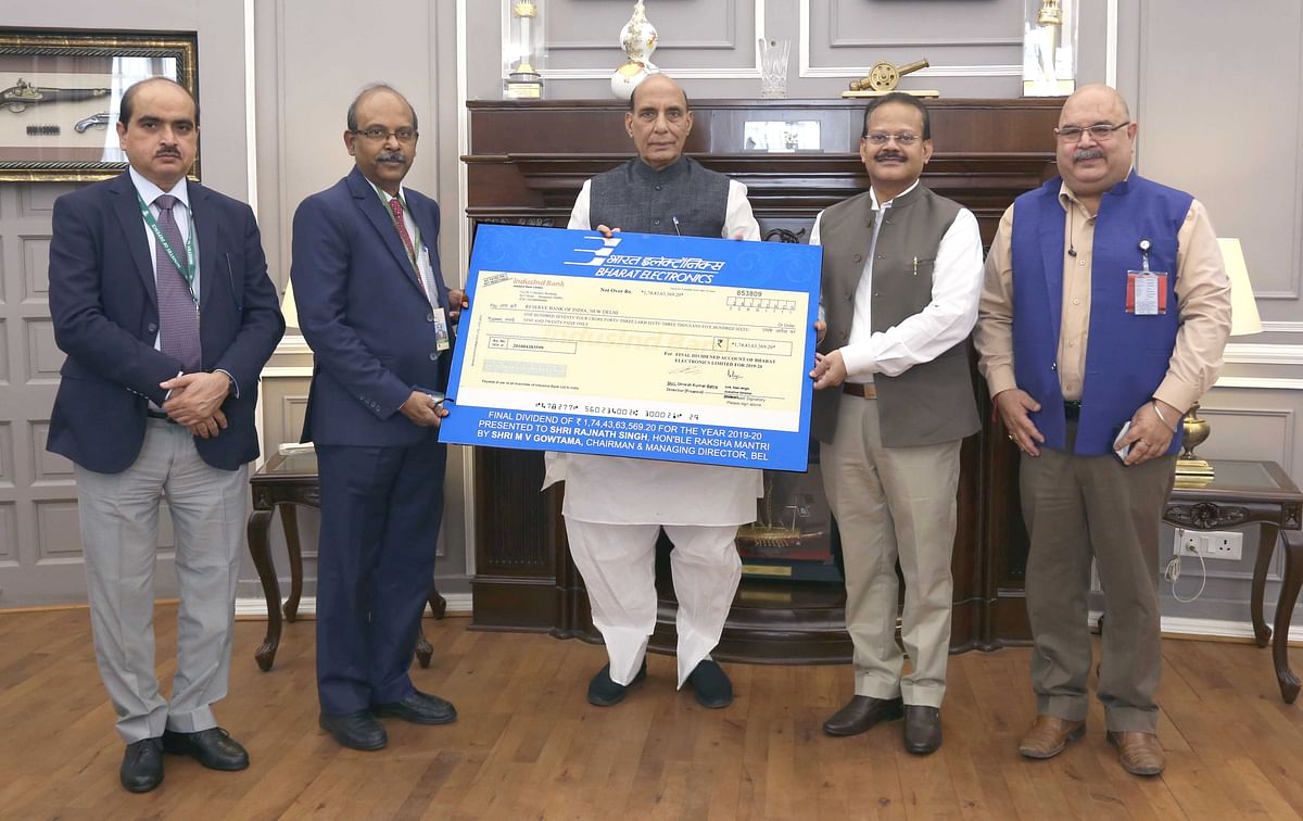 Bharat Electronics pays Rs 174.44 crore final dividend to government