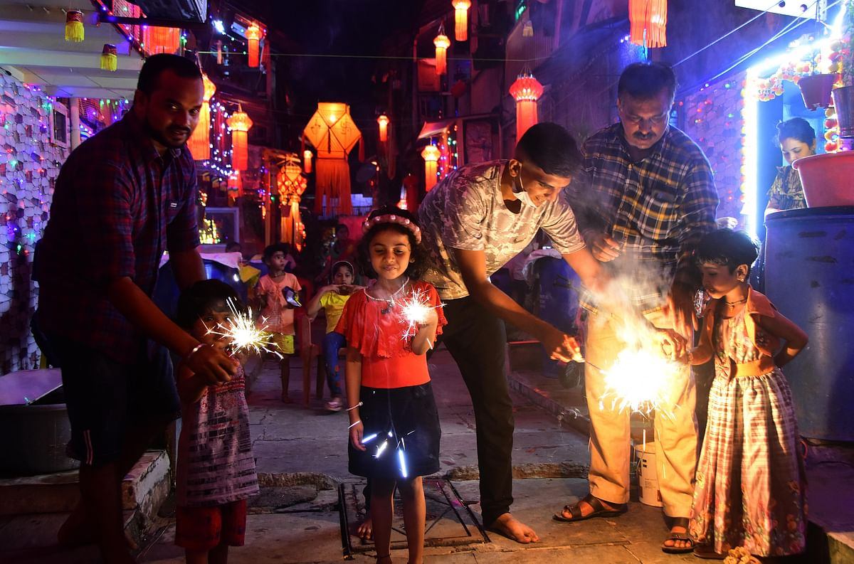 64 booked for violating fireworks timing in Mira Road and Bhayandar