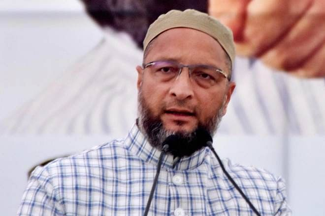 AIMIM chief Asaduddin Owaisi visits West Bengal to discuss poll strategy