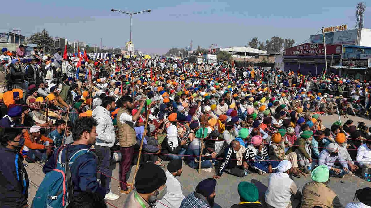 Farmers at Singhu border during their ongoing protest march Delhi Chalo against Centres new farm laws, in New Delhi, Sunday, Nov. 29, 2020