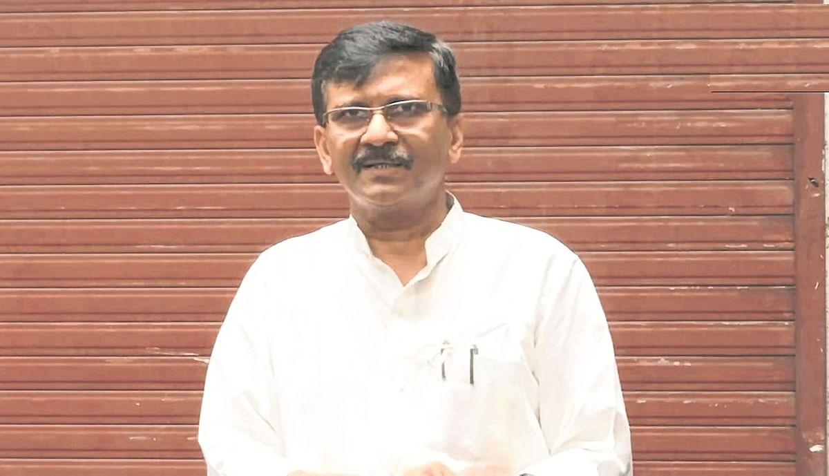 Shiv Sena slams BJP, reclaims Hindutva
