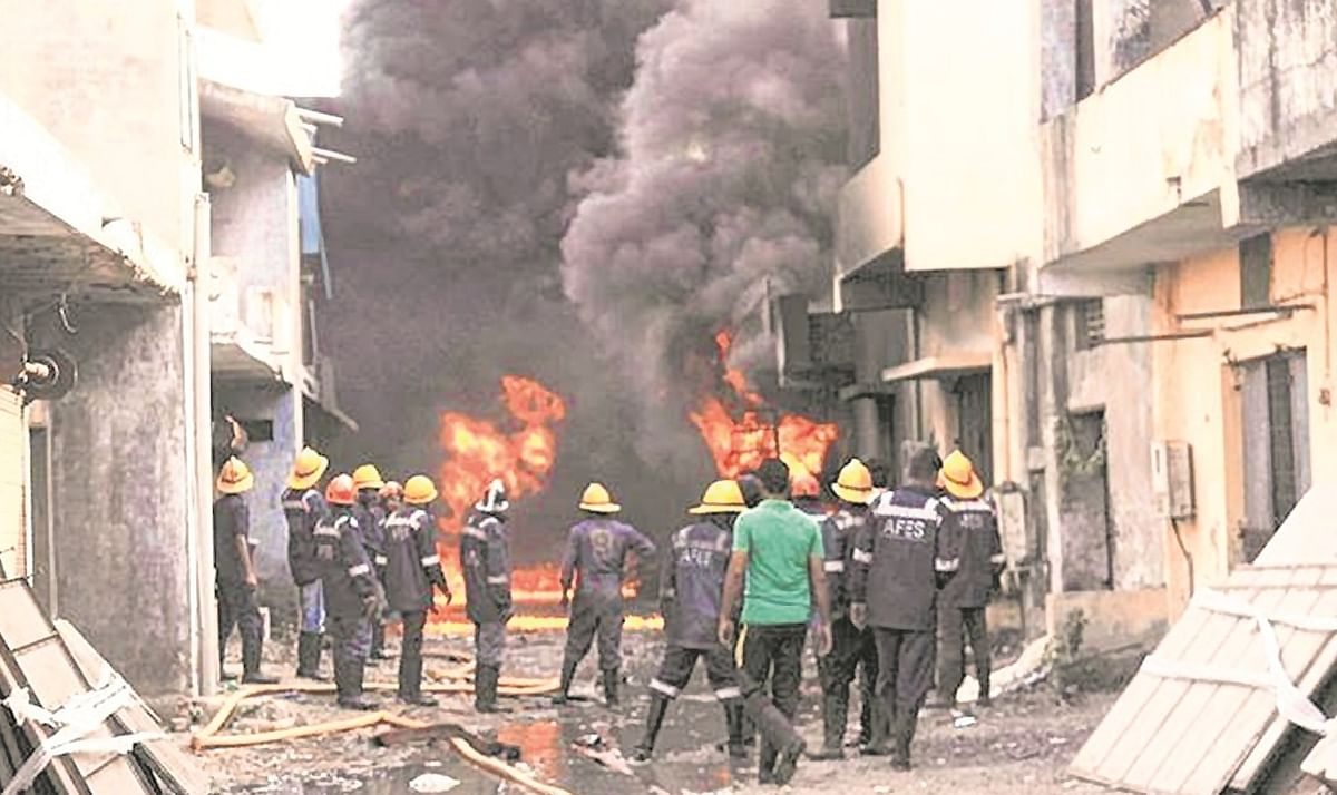 Fire accident: Consumer Commission asks insurer to pay Rs ...