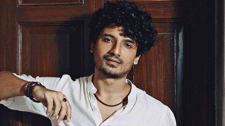 'Ye bhi theek hai': 'Mirzapur' actor Priyanshu Painyuli to have a mountain wedding