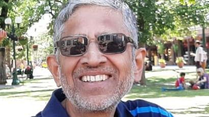 Dr Avinash Khare