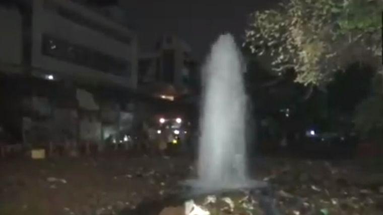 Mumbai: 72-inch water pipeline bursts in Andheri