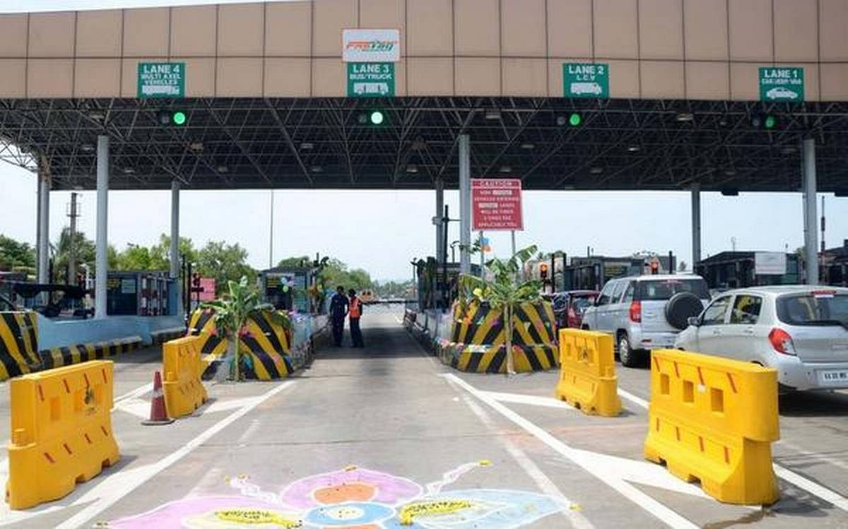 Mumbai-Pune Expressway: Vehicles without FASTag pay double toll for entering into dedicated lanes