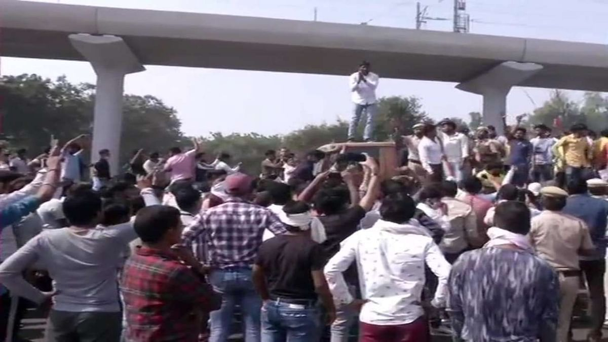 Nikita Tomar murder: Protesters turn violent, clash with police after 'mahapanchayat' in Ballabhgarh
