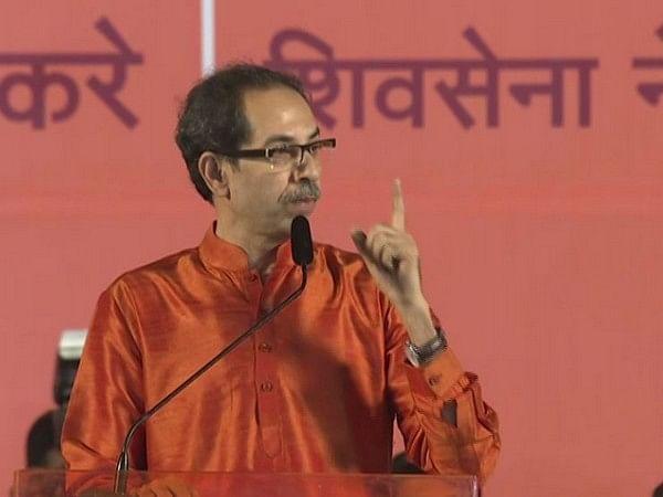 """Shiv Sena hits back at Amruta Fadnavis over """"Shav"""" remark"""