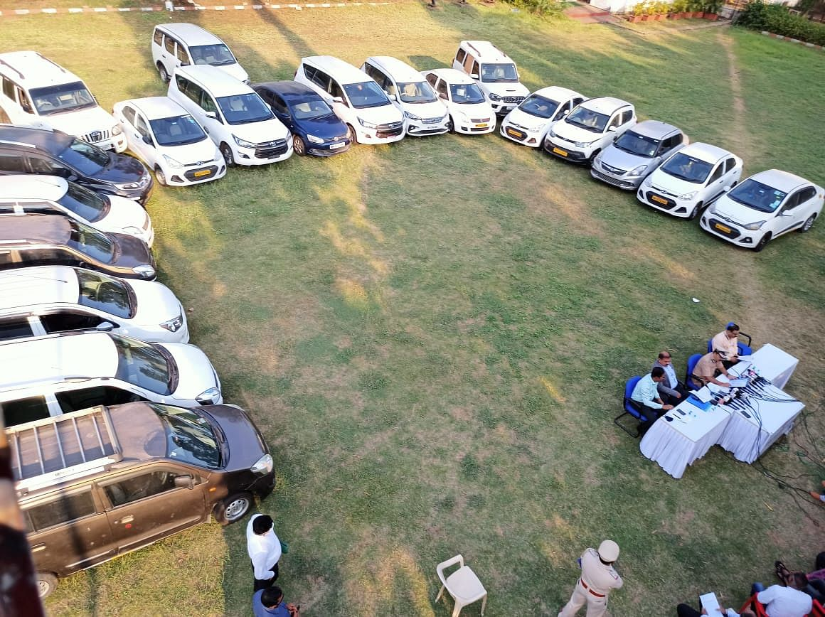 Navi Mumbai Crime Branch busts tours and travel racket, recover vehicles worth Rs 2 crores