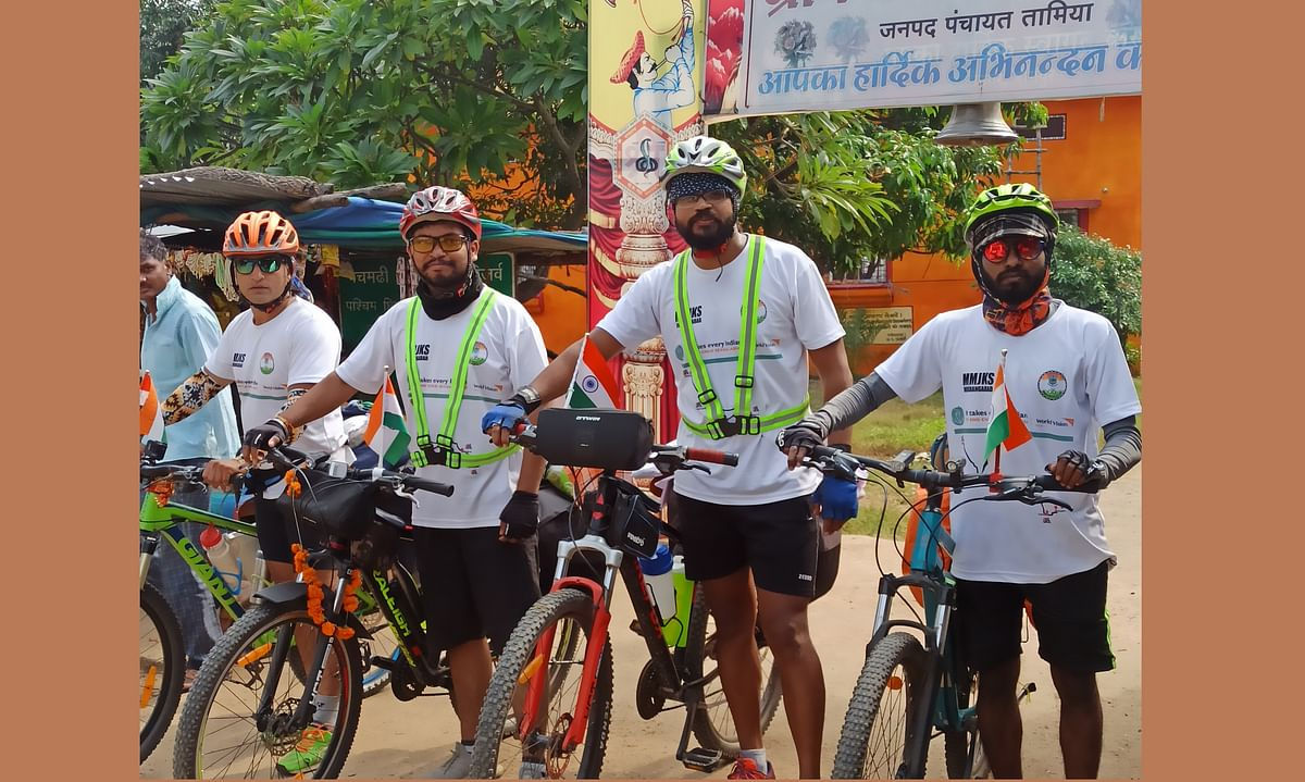 Bhopal: The Pedal Club of BSSS holds 'Child Rights and Child Protection' bicycle rally