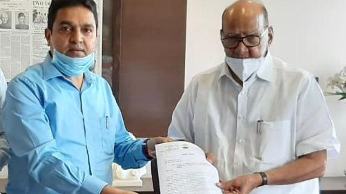 Dr Shaikh met the NCP supremo seeking an end to the contract system in the state