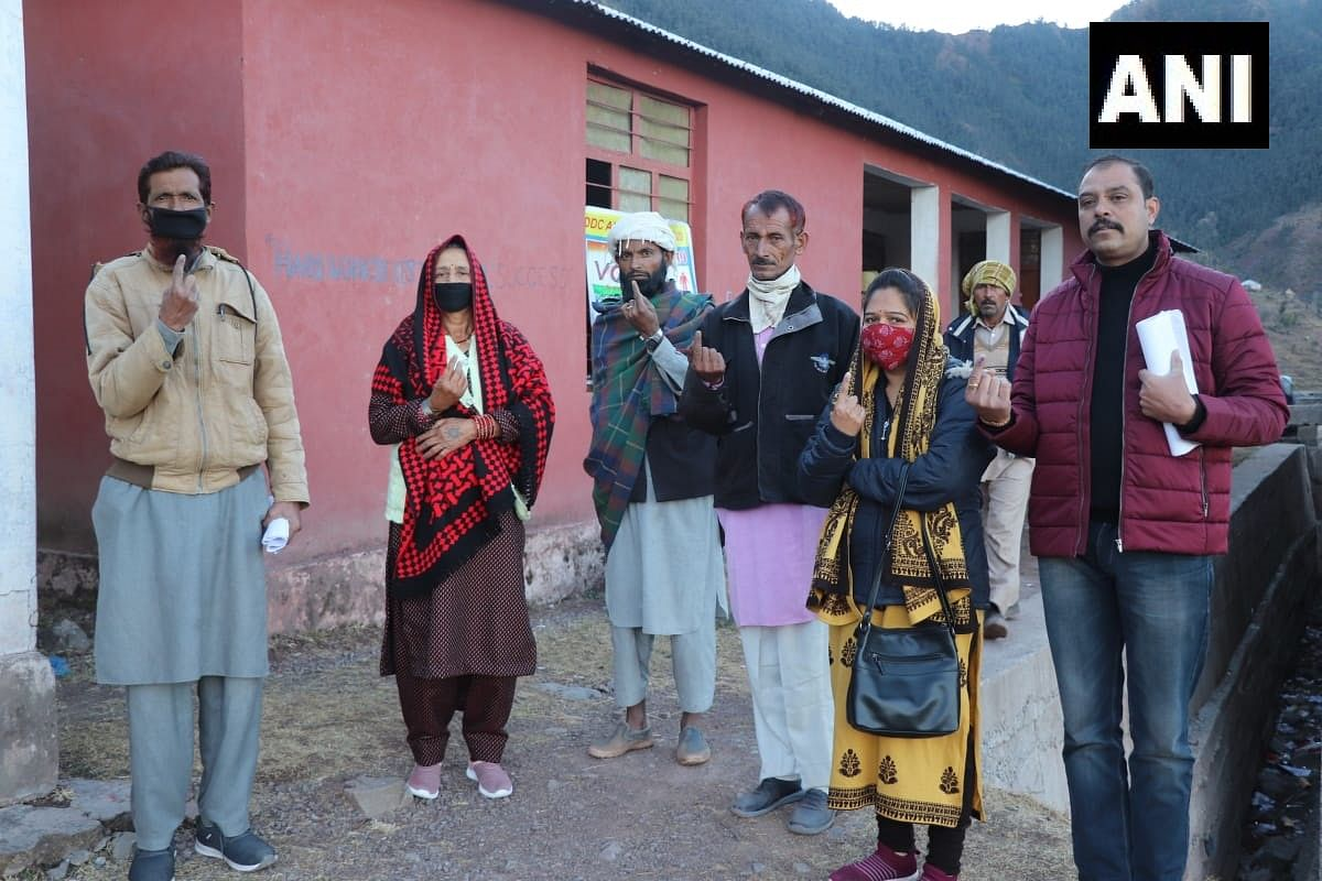 Jammu and Kashmir: In first electoral exercise since abrogation of Article 370, voting for 1st phase of DDC polls begins