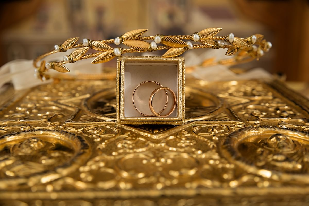 Why should you buy gold jewelry this Dhanteras?