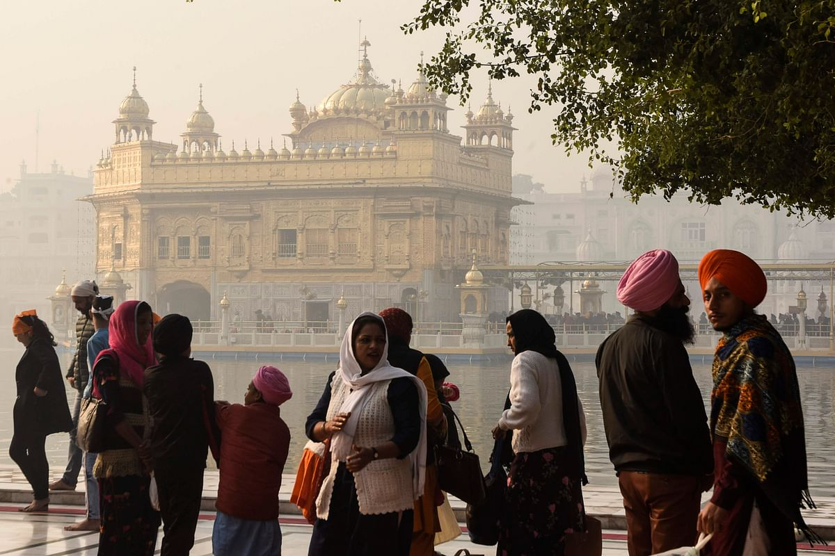 In pics: Devotees offer prayers at Golden Temple on Guru Nanak Jayanti