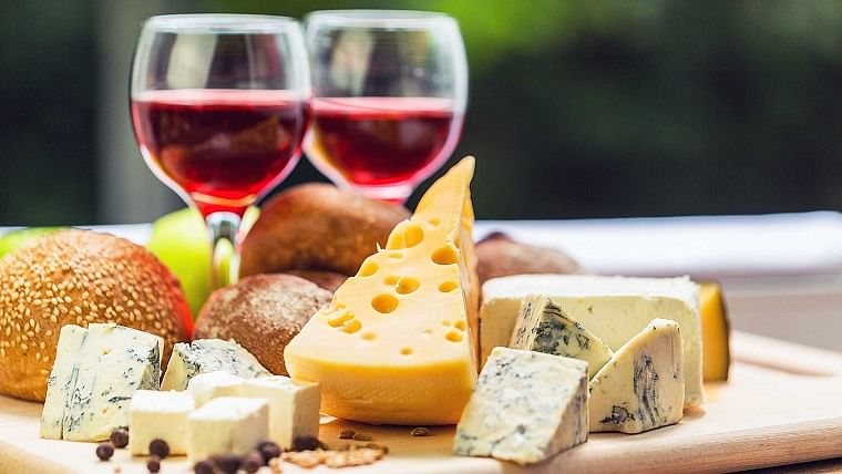 Responsible consumption of cheese, wine may help reduce cognitive decline