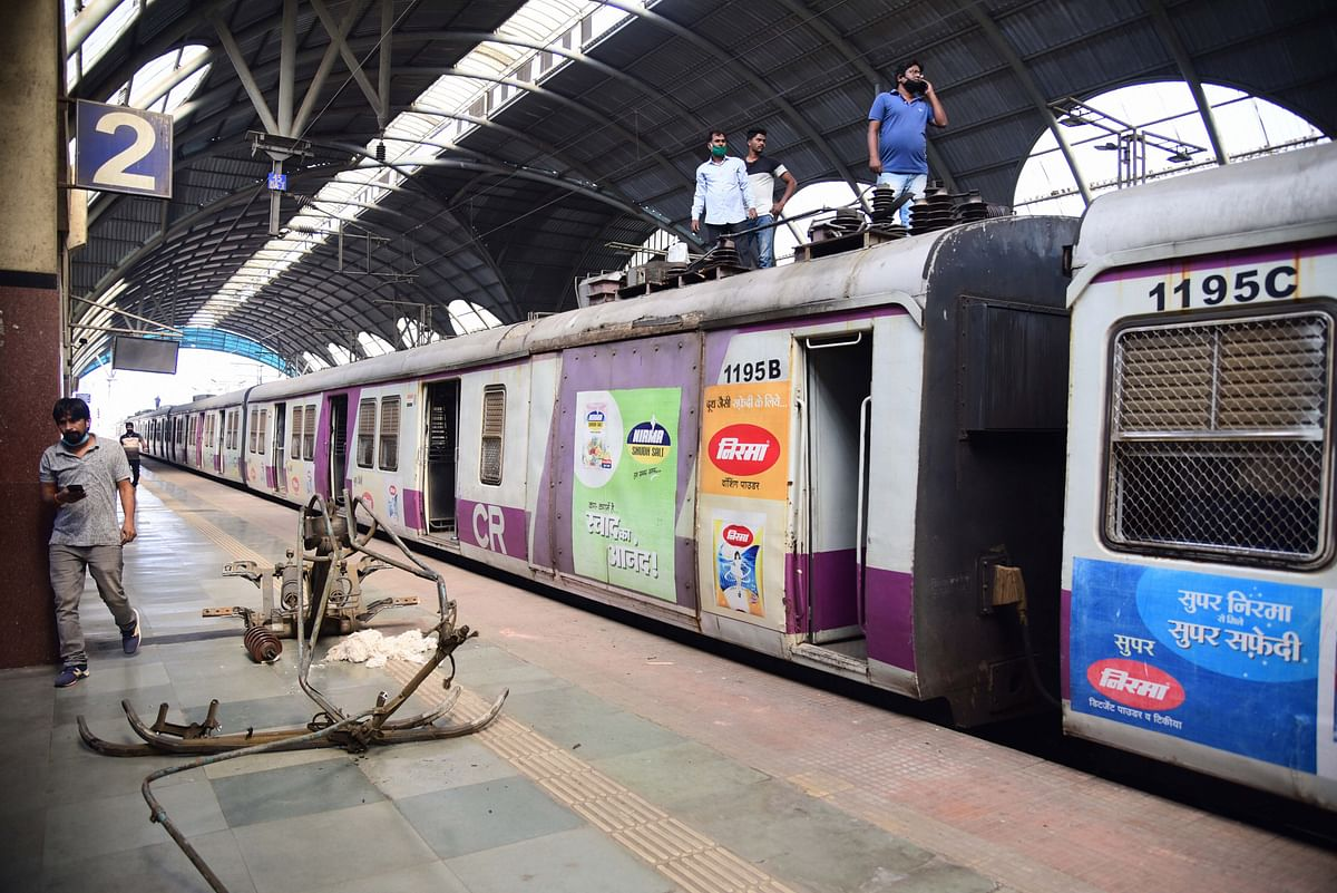 Navi Mumbai: Local train services hit due to pantograph glitch