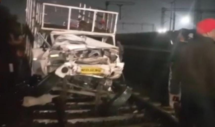 Madhya Pradesh: Major train accident averted in Indore as Bhopal-Indore Intercity Express collides with loading pick-up vehicle
