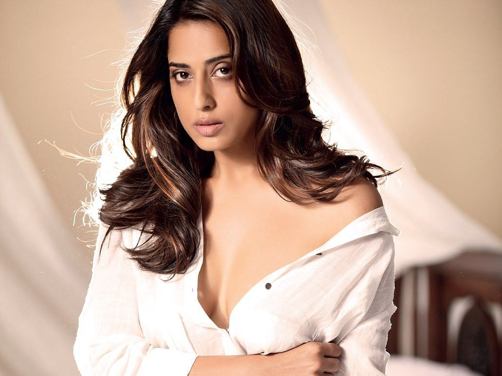 I'm tired of doing sensuous roles:  Mahie Gill