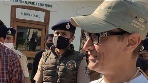 Watch: Aamir Khan greets fans as he enjoys Safari at Gir National Park with Kiran Rao, Azad and Ira; video goes viral
