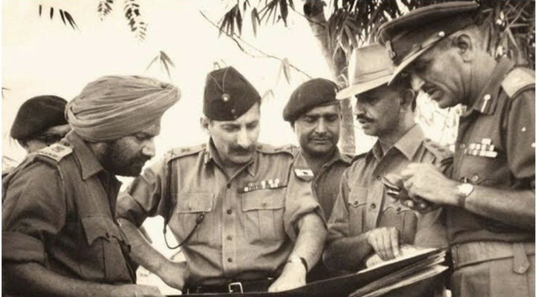 'Surrender, or...': Field Marshal Sam Manekshaw's message to Pakistan - This and 10 other facts about 1971 war