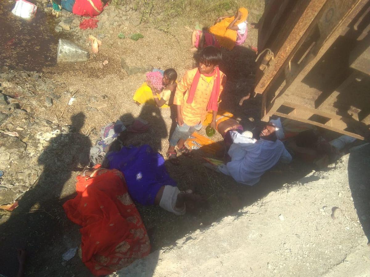 Madhya Pradesh: Groom, 5 others killed as tractor-trolley driver falls asleep