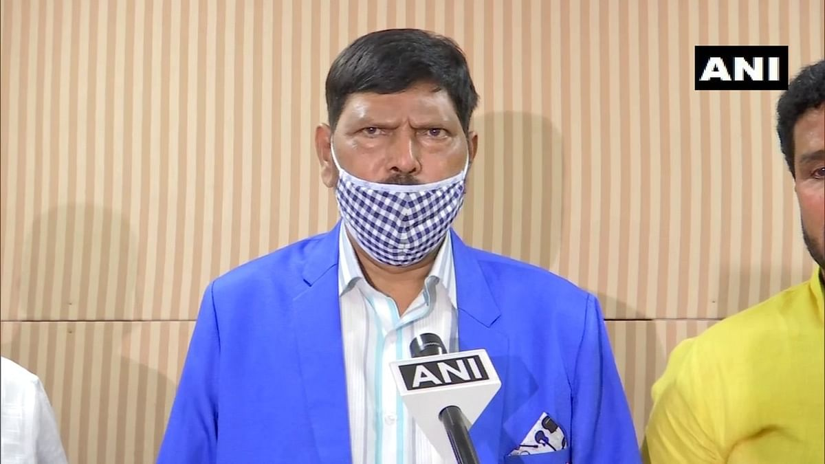'No Corona, Corona No': Ramdas Athawale's new slogan for new coronavirus strain