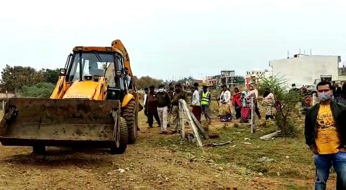 Goon's illegal construction spread over 1200 sqft razed in Bhopal under anti-mafia drive