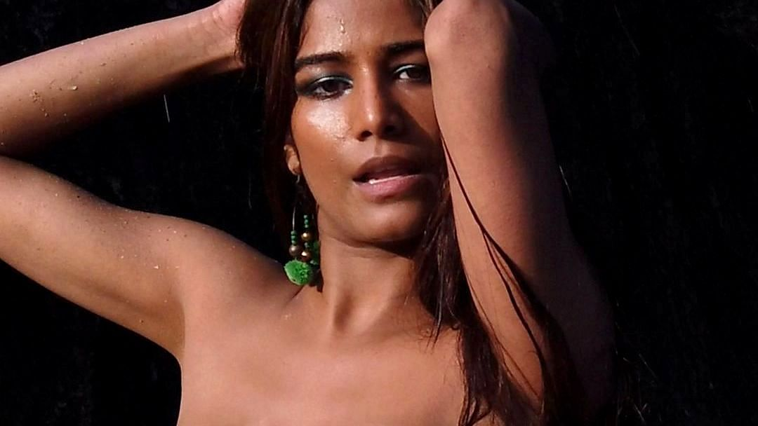Poonam Pandey's Instagram account hacked; actor urges everyone to not reply to anything