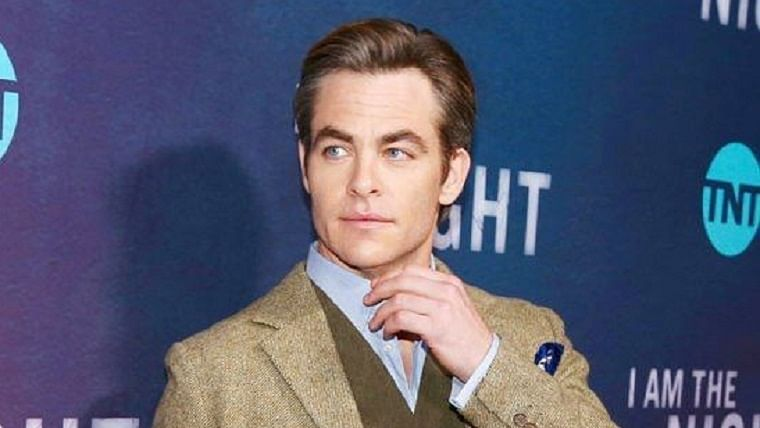 Chris Pine to star in movie adaptation of the role-playing game 'Dungeons and Dragons'