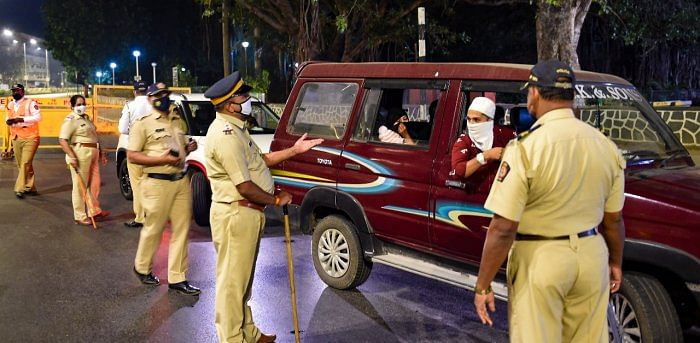 New Year celebrations: Mumbai cops on 'high alert'