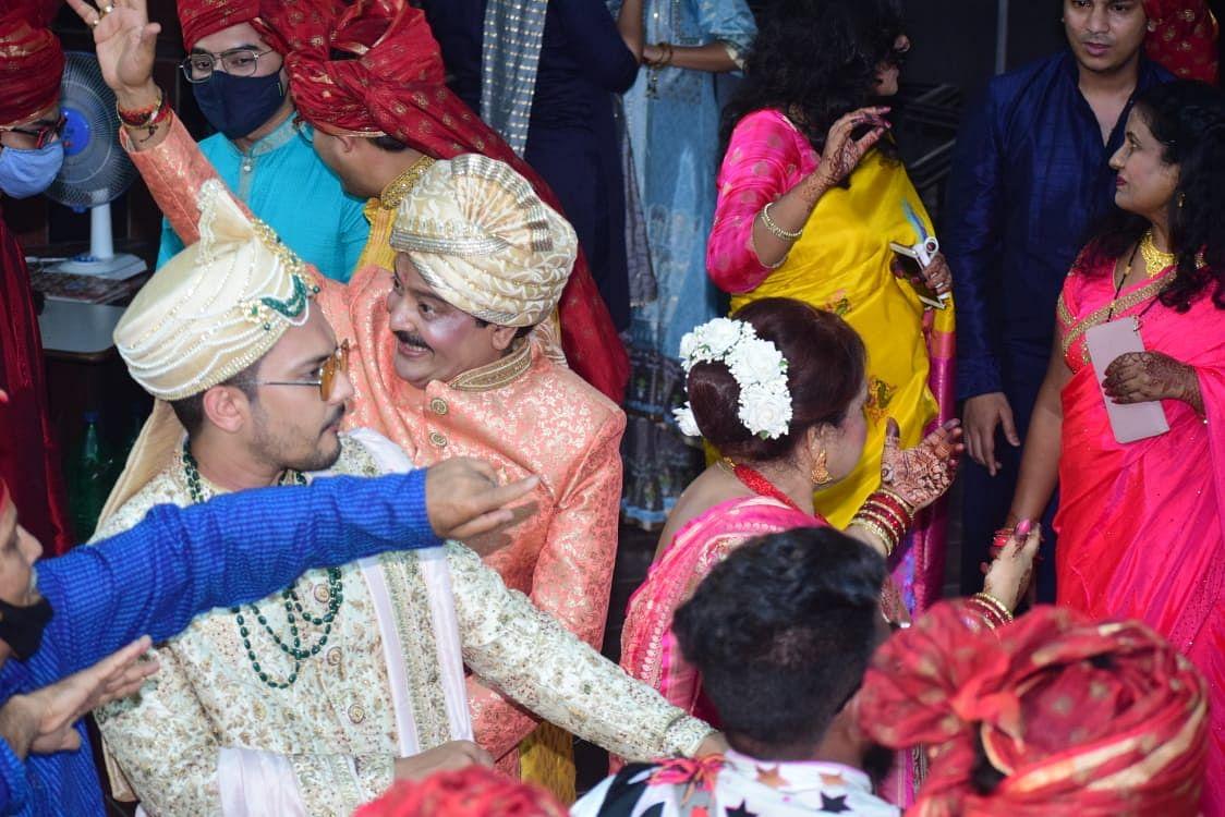 Aaditya Narayan marries Shweta Agarwal: Udit Narayan dances to his heart's content in son's baraat; see pics